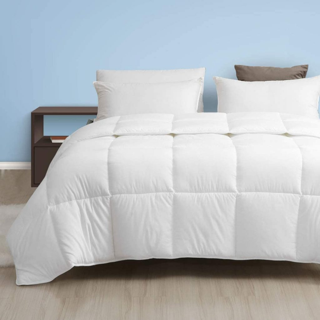 Dafinner 100% Cotton All Season Down Alternative Comforter