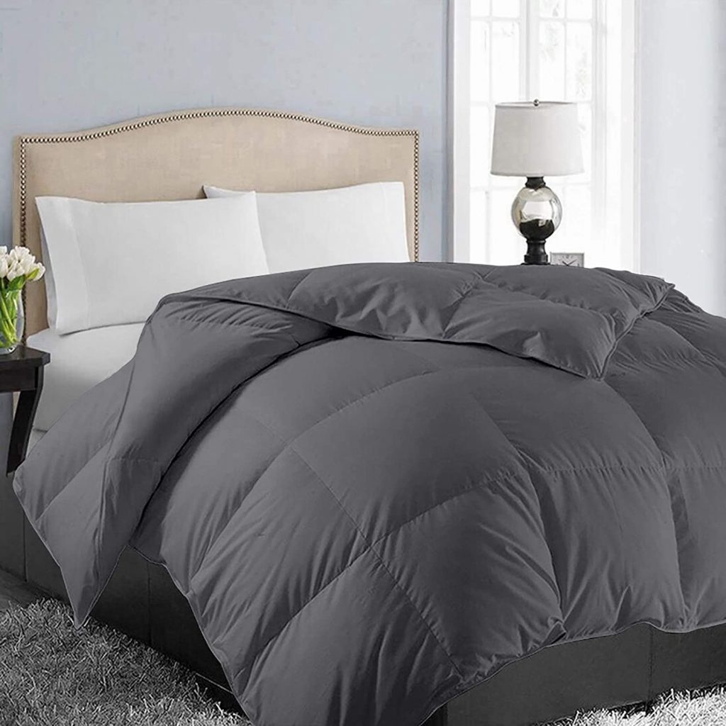 EASELAND All-Season Quilted Down Alternative Comforter